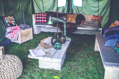 adult-box-camping-5922