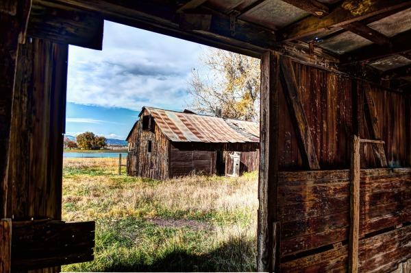rural-216371_1920