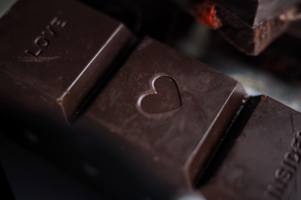 chocolate-3587896_1920