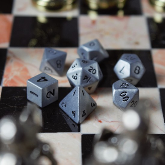 12mm-antique-silver-metal-dnd-dice-set-square